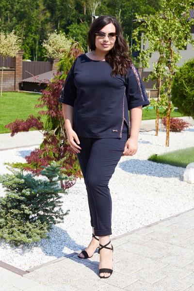 Красивий жіночий костюм 695-02 темно синій