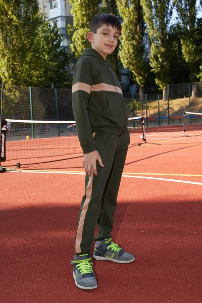 Спортивний костюм 124-01 оливковий