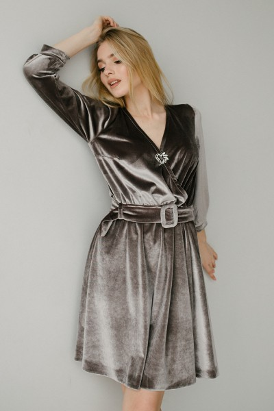 Красивое платье 180-03 серебро