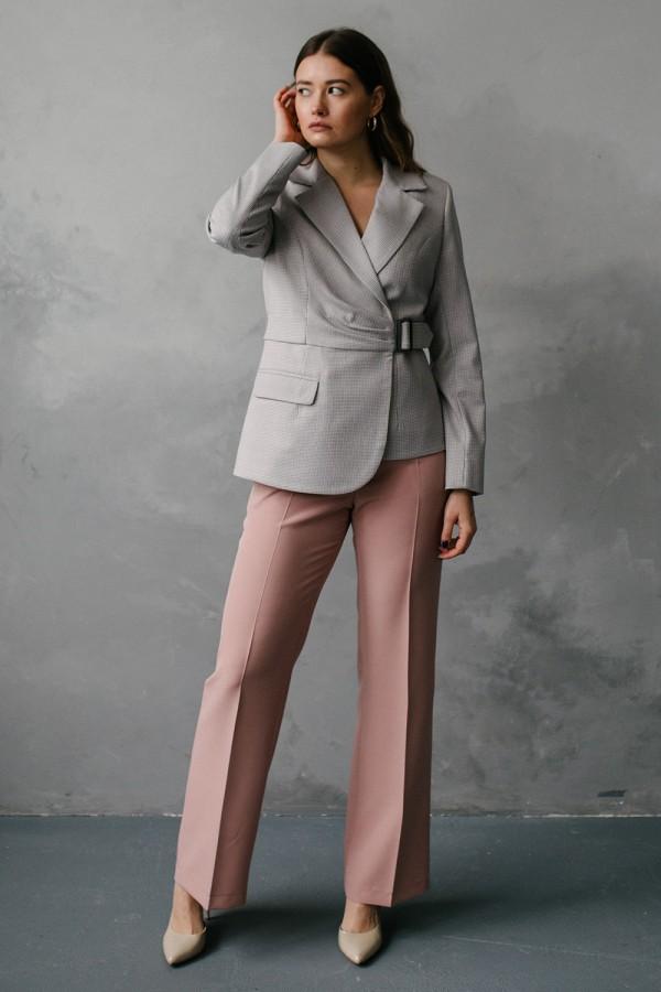 Жіночий костюм 196-01
