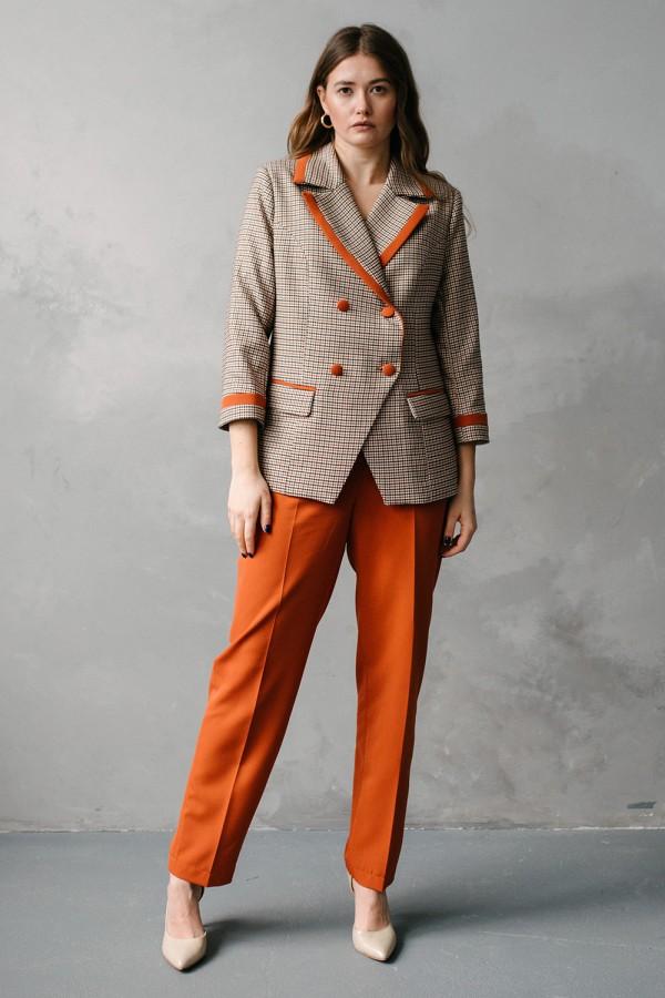 Жіночий костюм 197-01
