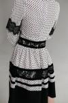 Красивое белое платье 645-01 в горошек