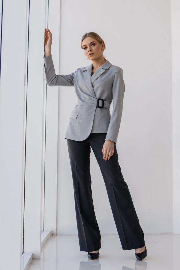 Женский костюм 196-04 графитового цвета