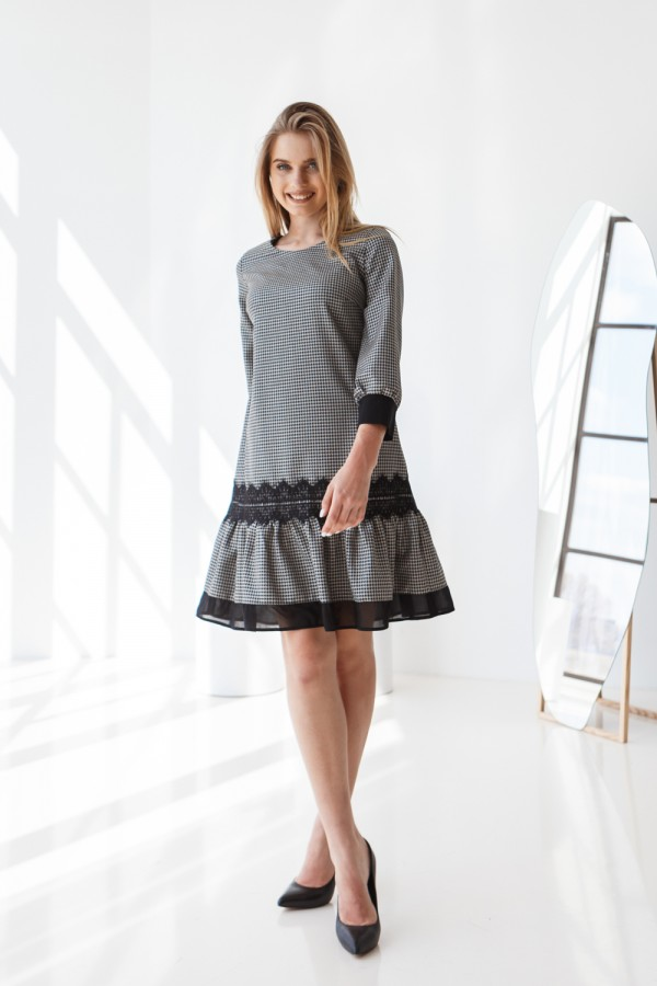 Платье 638/1-01 черно белое