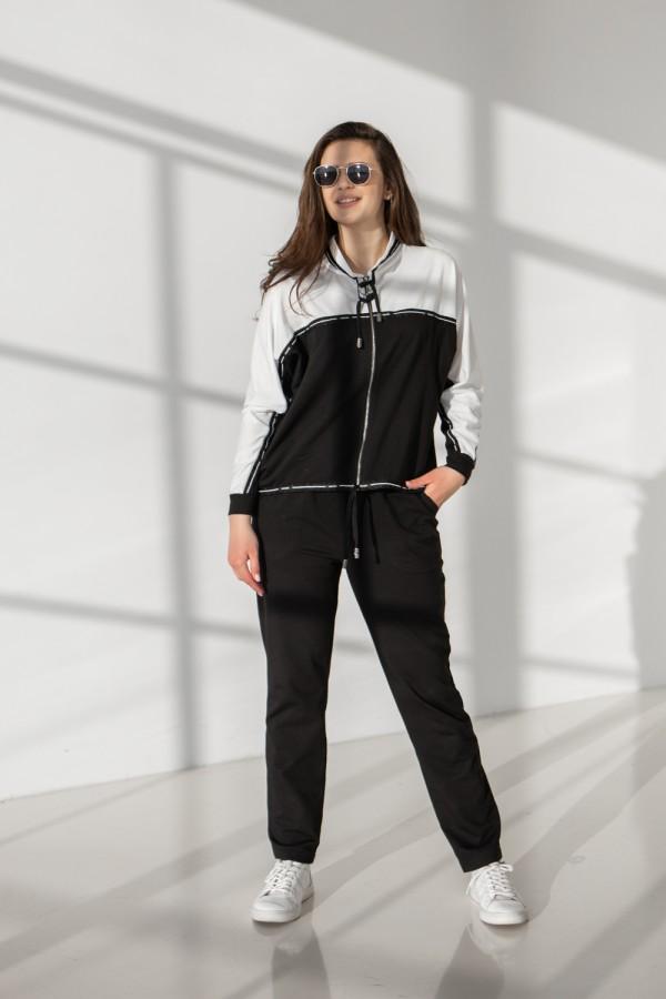 Спортивний костюм 687-02 білий